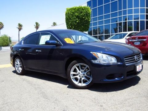 Pre-Owned 2010 Nissan Maxima  FWD 4D Sedan